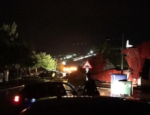 FUENTE OBEJUNA. Una tormenta provoca heridas leves a un vecino y causa daños al Polideportivo Municipal
