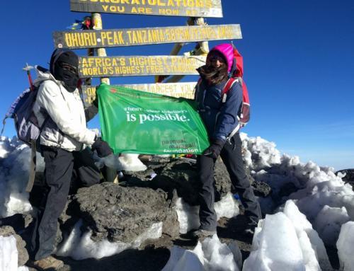 LAURA PARRILLA. Subida al Kilimanjaro para ayudar en la lucha contra el Alzheimer.