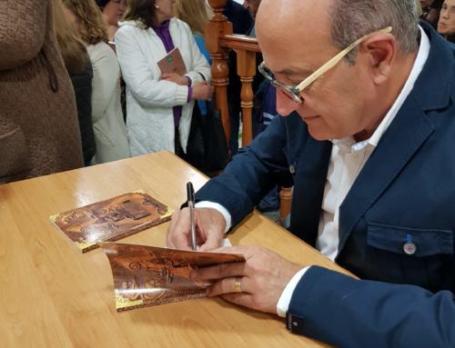 """ALANÍS. Antonio Pérez presenta en su pueblo """"Las Leyendas de Alanís"""""""