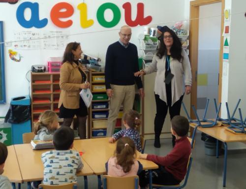 El delegado territorial de Educación de la Junta, visita varios centros educativos de la Sierra Norte de Sevilla.