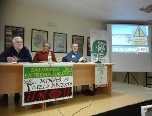 """AZUAGA. Celebrado el acto informativo """"Minas a cielo abierto en Extremadura"""""""