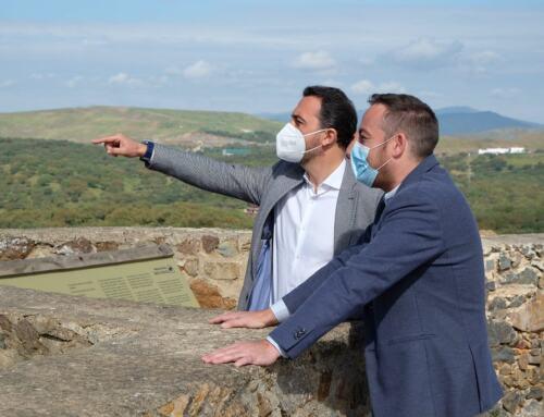 El delegado territorial de Administración Local de la Junta de Andalucía visita El Real de la Jara